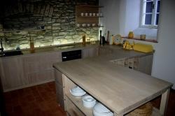 Kuchyně z masivu M6